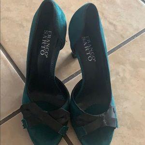 Size 6 green heels